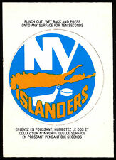 1973 74 OPC O PEE CHEE HOCKEY #11 N Y NEW YORK ISLANDERS NHL TEAM LOGO CARD NM