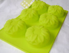 NEW 6 DAISY SILICONE CAKE MOULD BAKING TRAY MUFFIN JELLY SOAP GREEN PREMIER