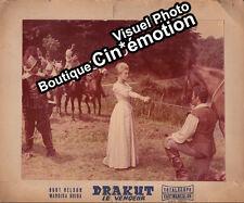 Photo Prestige Cartonnée 30x36cm (1961) DRAKUT LE VENGEUR Burt Nelson, Guida a