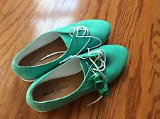New textile Mossimo supply co. Flat women's Shoes w/ lace green size 8 no box