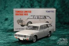 [TOMICA LIMITED VINTAGE NEO LV-N108a 1/64] TOYOTA CROWN CUSTOM 1971 (White)