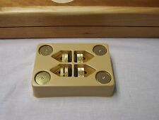 TURNTABLE/SPEAKER GOLD PLATED LEVELING, VIBRATION ISOLATION FEET