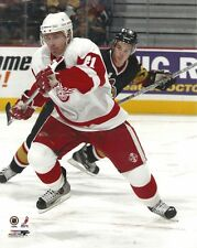 RAY WHITNEY 8x10 NHL PHOTO Hockey Action Shot DETROIT RED WINGS #41 (The Wizard)