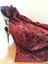 A Sumptuous Luxurious Throw  Cover red/ruby/gold Christmas Table Decoration