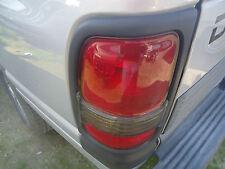 Driver Tail Light Lens 99 00 01 Dodge Ram Ex Cab Silver 1500 SLT Pick Up OEM