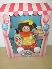 VINTAGE 1985 CABBAGE PATCH *CIRCUS KIDS* DOLL. *TRIXIE AILSA* STORED NIB.