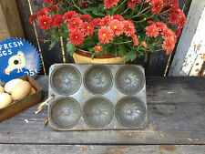 ANTIQUE VTG PRIMITIVE METAL 6 MUFFIN TIN PAN OLD COUNTRY FARMHOUSE RUSTIC DECOR