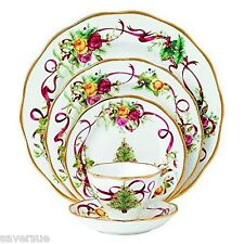 Royal Albert Old Country Roses Christmas Tree 30 Pc China, Service for 6