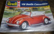 REVELL VW Volkswagen Beetle CONVERTIBLE 1/25 Model Car Mountain KIT FS