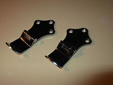 CLASSIC MINI TRAVELLER REAR WINDOW CATCHES.(PAIR)