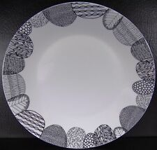 Crate & Barrel Leif Dinner Plate Black & White Graphic Leaves