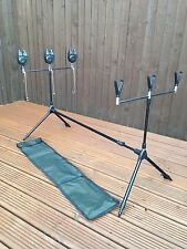 BRAND NEW Carp Session Multi Rod Pod With Indicators 3 Bite Alarms And Batteries