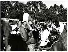 Polynésie Française, Georges Pompidou sur l'Atoll de Mururoa in 1966  Silve