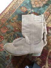 CROWN VINTAGE Womens Sandy Brown Suede Pull On  Midcalf Boot Sz 8