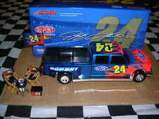 1/24 Jeff Gordon #24 Dupont 2005 Dually Truck & Tailgate Set by Action! NASCAR