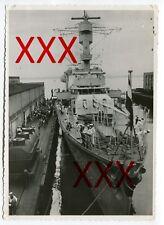 KREUZER KARLSRUHE - orig. Foto, 12,6x17,5cm, Pier von Seattle, Juni 1932, photo
