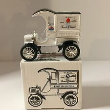 NEW Amoco 1905 Ford Delivery Car Bank Torch Classic 1992 DieCast Ltd Edition