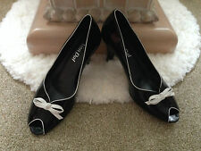 Ladies Van Dal Kamali black patent leather peep toe court shoe with bow UK 5.5 D