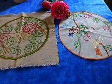 lot art déco 2napperons brodés main ,toile métis oiseaux ,cerises ,roses