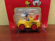 Vintage Peanuts Snoopy Die Cast Vehicle Tow Truck Yellow  Toy
