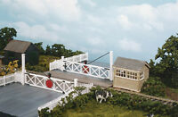 Wills SS56 - Level Crossing Gates '00' Gauge = 1/76th Scale Plastic Kit New -1st