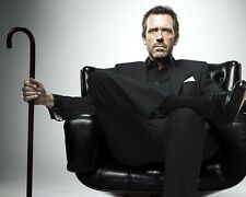 HUGH LAURIE UNSIGNED PHOTO - 8351 - HOUSE M.D.