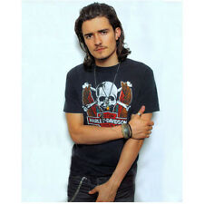 Orlando Bloom Posing with Hand on Arm and Goatee 8 x 10 Inch Photo