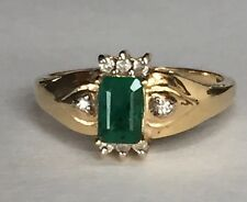 Vintage 14k Gold Ring Real Emerald Green With Diamond Chips  Size 7.25