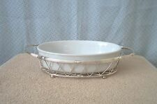 INTERNATIONAL SILVER, SILVERPLATED OVAL WIRE SERVING BASKET AND CERAMIC BOWL NU