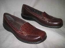 CLARKS womens brown slip on loafers pumps shoes size 5.5 M