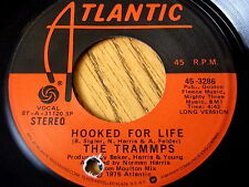 "THE TRAMMPS - HOOKED FOR LIFE    7"" VINYL"