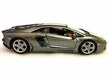 Maisto 1:24 LAMBORGHINI AVENTADOR LP 700-4 Diecast Car Model Grey Color