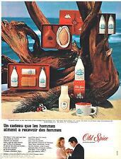 PUBLICITE ADVERTISING 085  1966  OLD SPICE coffret cadeau eau de toilette after-