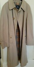 Classic Beige Burberry Trench Coat 46' chest 41' length