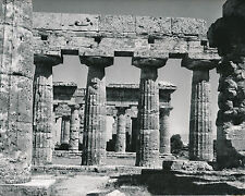 SALERNE c. 1960 - Site Archéologique de Paestum  Italie  - DIV8478