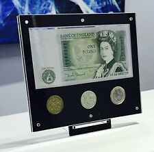 2017 Royal Mint £1 display + £1 NOTE, FIRST £1 COIN, LAST £1 COIN + NEW £1 COIN