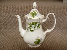 ROYAL ALBERT TRILLIUM PATTERN COFFEE POT