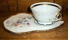 Contemporary Veritable Porcelaine Limoges France Rehausse Main OR Snack Cup Set
