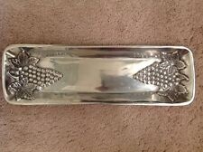 NWOB, rectangular metal grapes tray, for bread, cheese and crackers, fruit tray