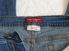 Women's Levis Jeans Genuinely Crafted Perfectly Slimming Denim Jeans Size 12 Med