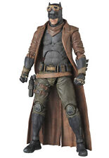 PRE-ORDER * MEDICOM MAFEX Knightmare Batman [Batman v Superman: Dawn of Justice]