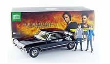 GREENLIGHT 19021 SUPERNATURAL 1967 CHEVROLET IMPALA 1/18 with SAM & DEAN FIGURES