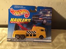 1998 Hot Wheels Haulers Yellow Big Rig Tow Truck