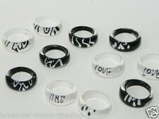 JOB LOT BLACK & WHITE RESIN RINGS x 10pcs/party bags/wholesale/costume jewellery