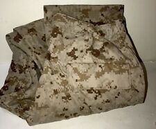 USMC COMBAT DESERT DIGITAL MARPAT PANTS M LONG ( NEW but Small hole near hem)