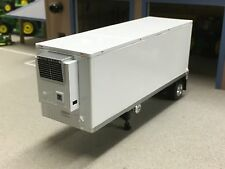 1/64 DCP WHITE WABASH THERMO KING REEFER PUP TRAILER