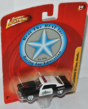 Forever 64 R12 - OFFICER J. HARRIS 1971 CHEVY CHEVELLE - 1:64 Johnny Lightning