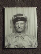 VTG PHOTO BOOTH PHOTO OF AN OLD MAN WEARING A SERVICE STATION  / REPAIRMAN HAT