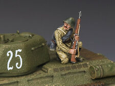 KING AND COUNTRY Red Army Kneeling with Rifle  WW2 RA48 RA048