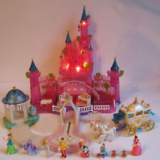 Mini Polly Pocket DISNEY Cinderella Schloss Licht 11 Fig. sind 100% Komplett